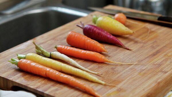 Taste Testing Carrots - Sputnik International