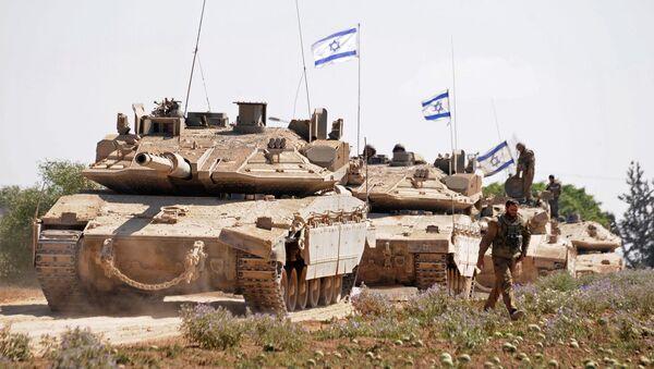 Israeli soldiers, waiting for orders to enter the Gaza Strip - Sputnik International