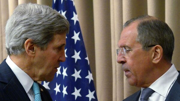 US Secretary of State John Kerry told Russian Foreign Minister Sergei Lavrov to ignore US President Barack Obama's statement when the president listed Russia as one of the main threats to the world on par with terrorism and the Ebola virus. - Sputnik International