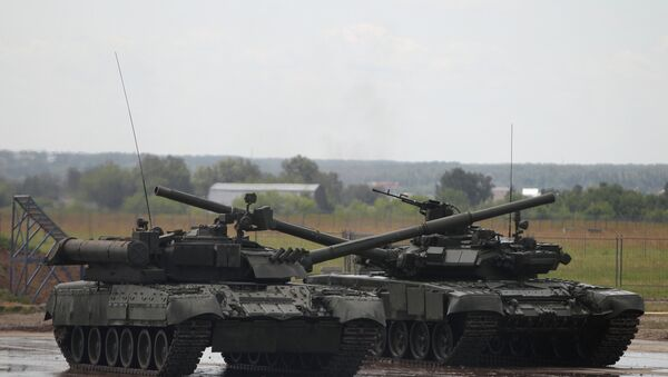 Russia's next-generation Armata main battle tank, which due to be shown to the public at the 2015 Victory Day parade in Moscow, will undergo state testing in 2016 - Sputnik International