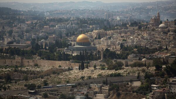 The Dome of the Rock Mosque in the Al Aqsa Mosque compound, known by the Jews as the Temple Mount, is seen in Jerusalem's Old City - Sputnik International