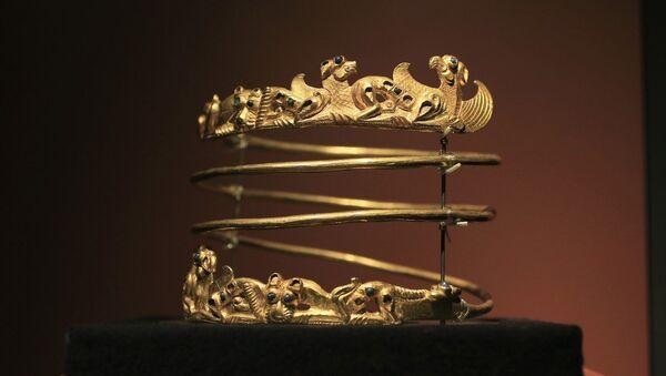 A Scythian gold helmet - Sputnik International