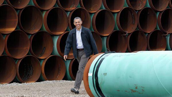 President Barack Obama arriving at the TransCanada Stillwater Pipe Yard in Cushing - Sputnik International