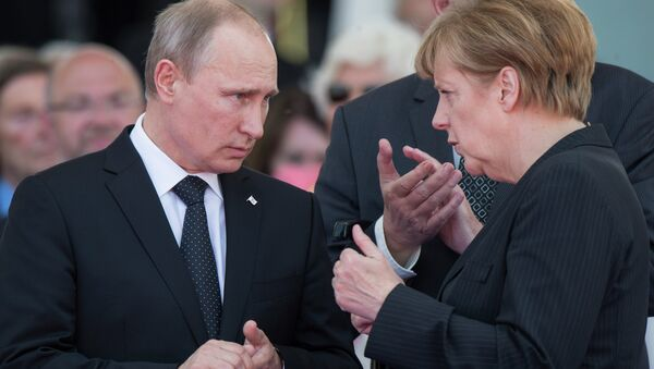 Russian President Vladimir Putin and German Chancellor Angela Merkel have confirmed their mutual intention to continue promoting Ukrainian reconciliation, including in the Normandy format, the Kremlin press service said - Sputnik International