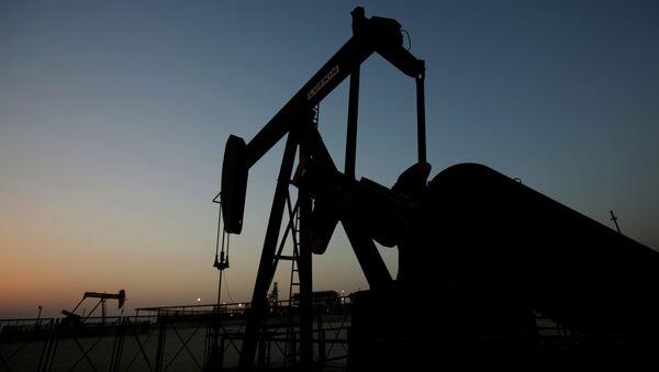 Oil production. - Sputnik International