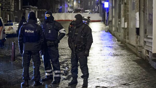 Belgian special forces police block a street in central Verviers, a town between Liege and the German border, in the east of Belgium - Sputnik International