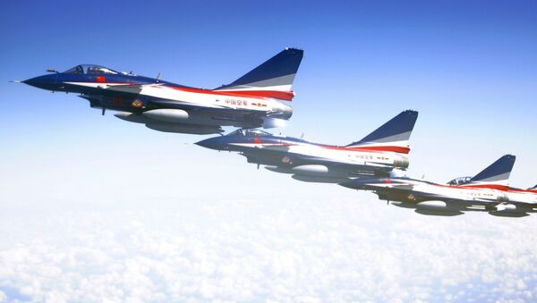 J-10 jet fighters of the Bayi Aerobatic Team of the Chinese People's Liberation Army (PLA) Air Force rehearse in Moscow, Russia - Sputnik International