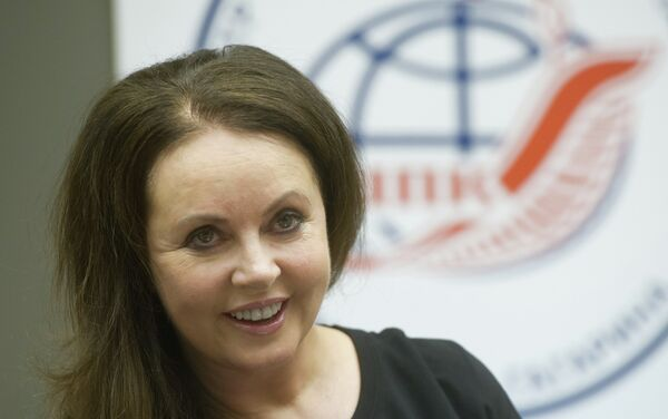 English classical crossover soprano, actress, songwriter and dancer Sarah Brightman meets with top managers and employees of the Gagarin Cosmonaut Training Center - Sputnik International