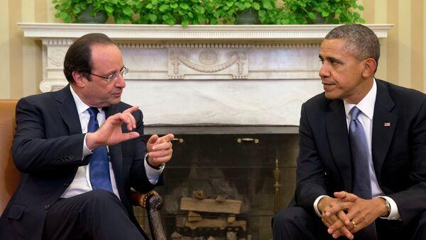 French President Francois Hollande (left) and US President Barack Obama - Sputnik International