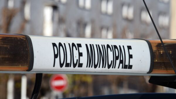 A photo taken on January 22, 2015 in Beziers, southern France, shows the beacon of a vehicle of the French municipal police - Sputnik International