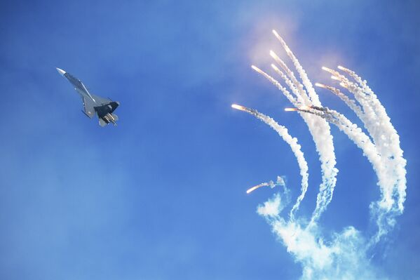 Large-Scale Russian Air Show in Pictures - Sputnik International