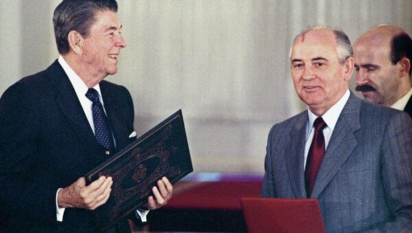 U.S. president Ronald Reagan (left) and General Secretary of the Central Committee of CPSU Mikhail Gorbachev at the joint meeting exchanging ratification instruments on bringing into force Soviet-American treaty on elimination of medium and short range missiles. (File) - Sputnik International