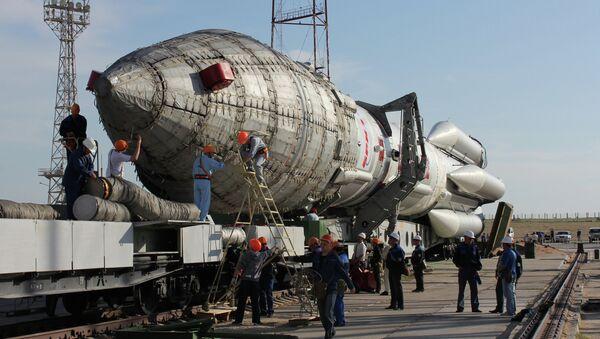 Proton-M rocket with Nimiq-6 satellite prepared for launch - Sputnik International