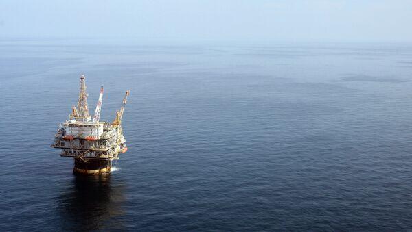 The Chevron Genesis Oil Rig Platform is seen in the Gulf of Mexico near New Orleans, La. - Sputnik International