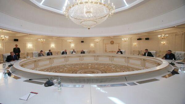A meeting of the Contact Group on Ukrainian reconciliation in Minsk, Belarus. - Sputnik International