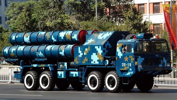 HongQi 9 [HQ-9] launcher pictured in Beijing during the 60th anniversary parade dedicated to China's founding, 2009. - Sputnik International