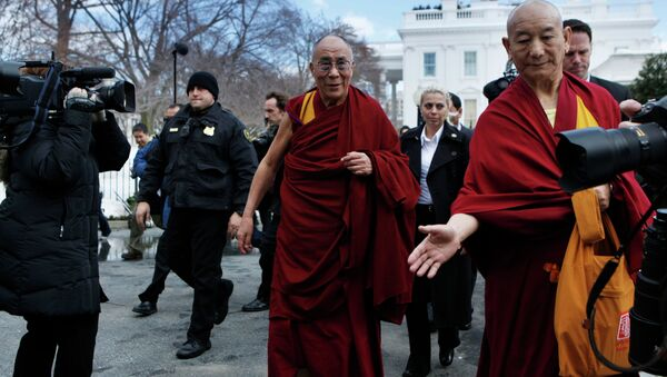 The Dalai Lama leaves the White House in Washington, Thursday, Feb. 18, 2010, following a meeting with President Barack Obama. - Sputnik International