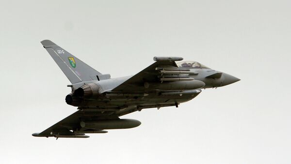 British Royal Air Force (RAF) Typhoon jet fighter - Sputnik International