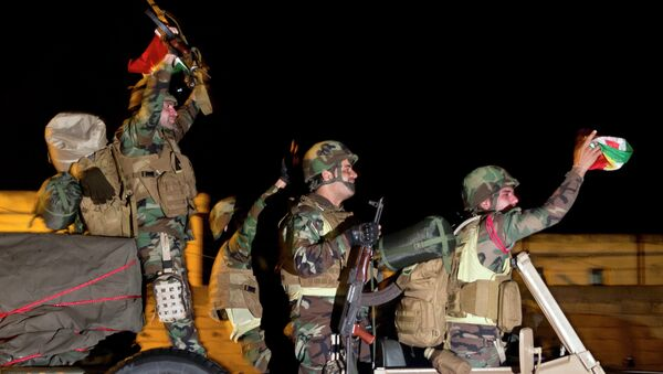 Iraqi Kurdish peshmerga fighters - Sputnik International