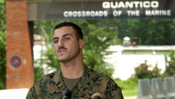 Marine Cpl. Wassef Ali Hassoun makes a statement to the press outside Quantico Marine Base in Quantico, Virginia, in July 2004. - Sputnik International