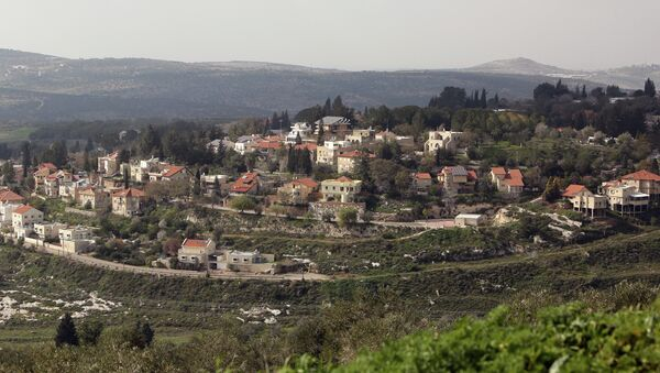 A picture shows a partial view of the Israeli settlement of Qadumim (Kedumim), near the Palestinian town of Nablus, in the Israeli-occupied West Bank, on February 9, 2015 - Sputnik International
