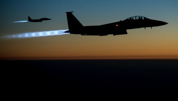 US Air Force F-15E Strike Eagles conduct airstrikes in Syria and Iraq - Sputnik International