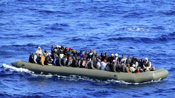 At least 200 migrants are missing after their boats sank in the Mediterranean Sea on Wednesday, BBC reported citing UN refugee agency - Sputnik International