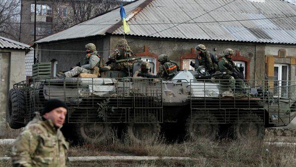 Ukrainian government army soldiers - Sputnik International