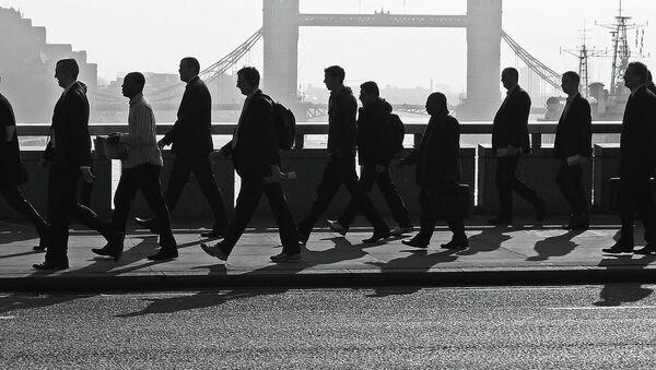 Bridge Workers - Sputnik International