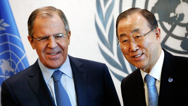 Russian Foreign Minister Sergey Lavrov (L) meets with United Nations Secretary General Ban Ki-moon after Lavrov addressed the U.N. Security Council at U.N. headquarters in New York, February 23, 2015 - Sputnik International