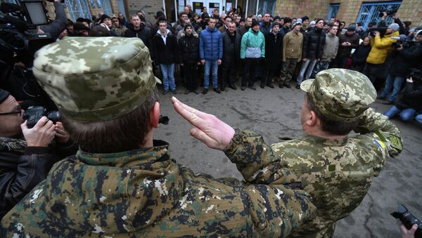 One of Poroshenko's advisors has advocated scrapping Ukraine's draft and adopting a contract-based military service, insulting draftees in the process. - Sputnik International