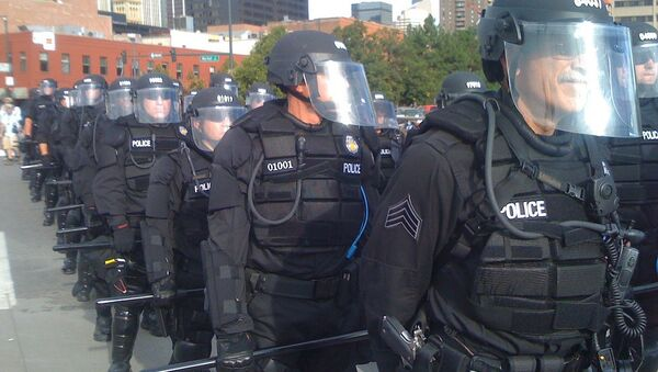 Denver police take position - Sputnik International