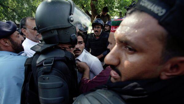 Pakistani police officers - Sputnik International