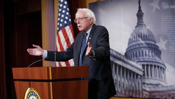 Sen. Bernie Sanders, I-Vt. gestures during a news conference on Capitol Hill in Washington, Friday, Jan. 16, 2015 - Sputnik International