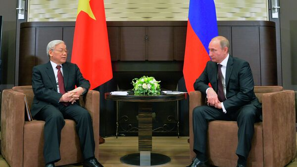 Russian President Vladimir Putin and Vietnamese Communist Party General Secretary Nguyen Phu Trong - Sputnik International