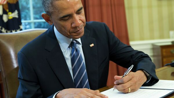 Obama extended existing sanctions on Iran for one more year on Wednesday. - Sputnik International