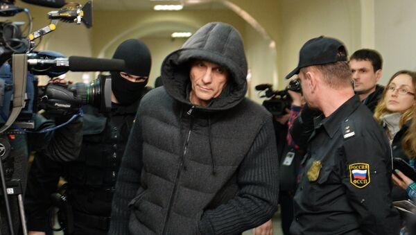 Sakhalin Region Governor Alexander Khoroshavin in Basmanny Court - Sputnik International