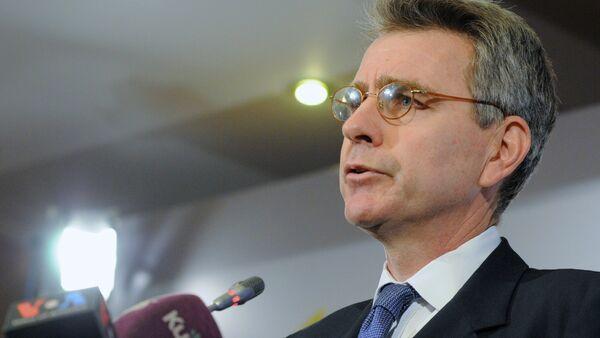 Briefing by U.S. Ambassador Geoffrey Pyatt - Sputnik International
