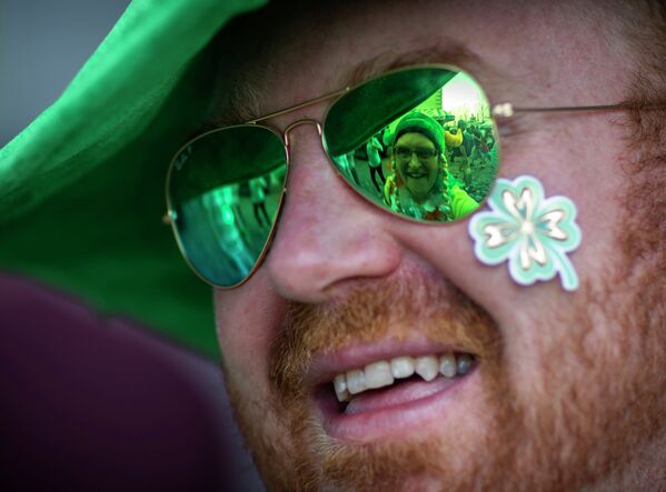 Savannah St. Patrick's Day parade has been long known as the second largest in the US. That's based on the size of the procession itself, rather than the number of people watching. - Sputnik International