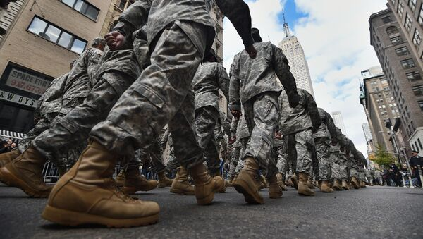 US military soldiers march during the Veterans Day Parade in New York - Sputnik International