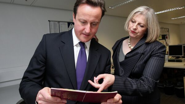 British Prime Minister David Cameron and Home Secretary Theresa May - Sputnik International