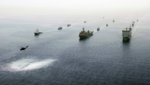 Multinational ships are underway in formation in the Persian Gulf May 21, 2013, during International Mine Countermeasures Exercise. - Sputnik International
