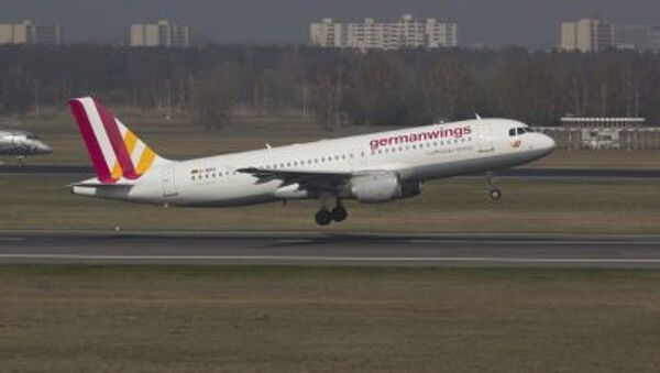 A Germanwings Airbus A320 registration D-AIPX is seen at the Berlin airport in this March 29, 2014 file photo. - Sputnik International