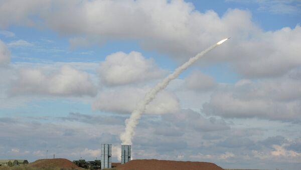 A S-300 missile launch. - Sputnik International
