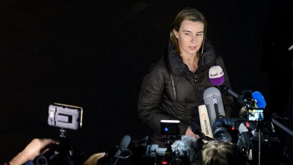 EU High Representative for Foreign Affairs and Security Policy Federica Mogherini delivers a statment to journalists upon her arrival to attend nuclear talks in Lausanne on March 28, 2015 - Sputnik International