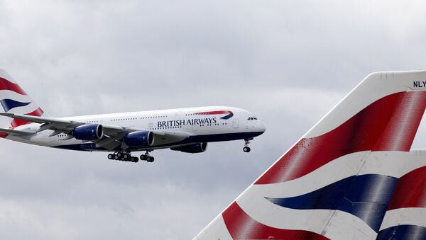 A British Airways Airbus A380 lands at Heathrow Airport in London on July 4, 2013. British Airways is the first UK airline to take delivery of the A380 and the first long-haul flight will be to Los Angeles on September 24, 2013 - Sputnik International