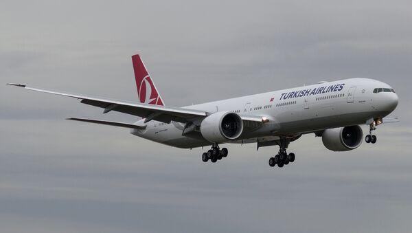 Turkish Airlines Boeing 777-3F2(ER)  - Sputnik International