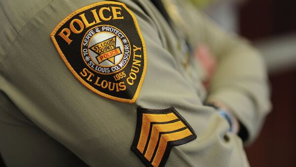 A St. Louis County Police Officer - Sputnik International
