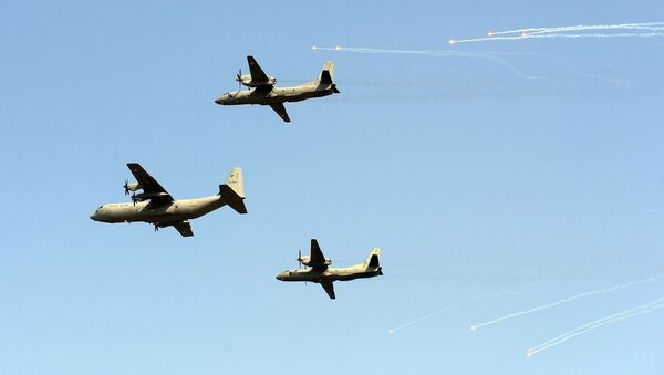 Indian Air Force C-130 Hercules (C) and two AN-32 aircrafts - Sputnik International