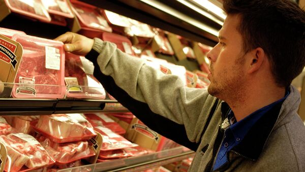 A Missouri bill would ban people from using food stamps to purchase certain foods, including steak. - Sputnik International